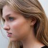 LUZ - V shape oorstuds zilver
