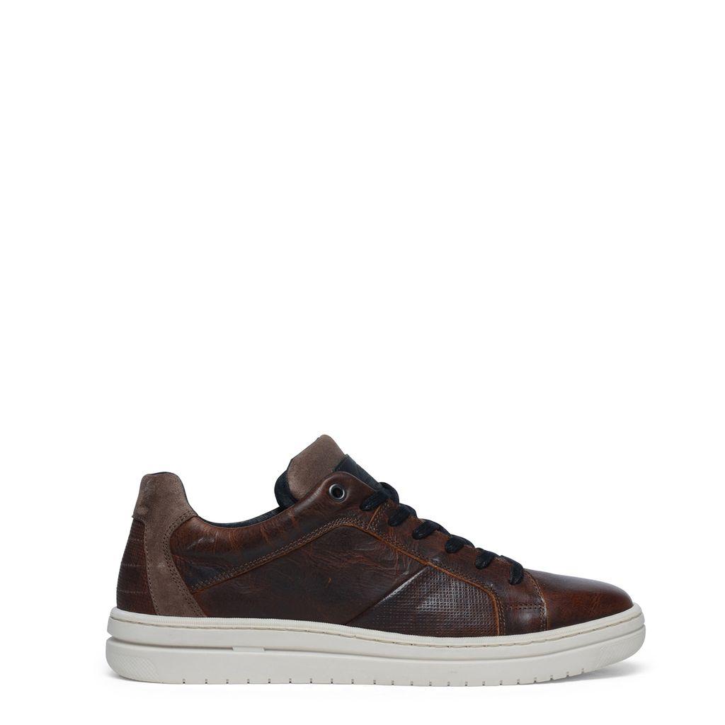 Cognac sneakers met brede witte zool
