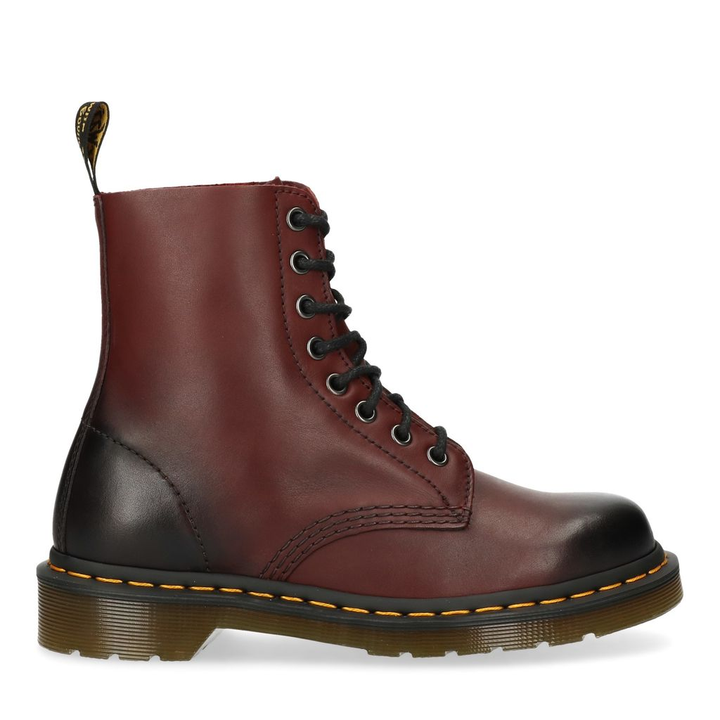 Dr. Martens Pascal rood (Maat 36)