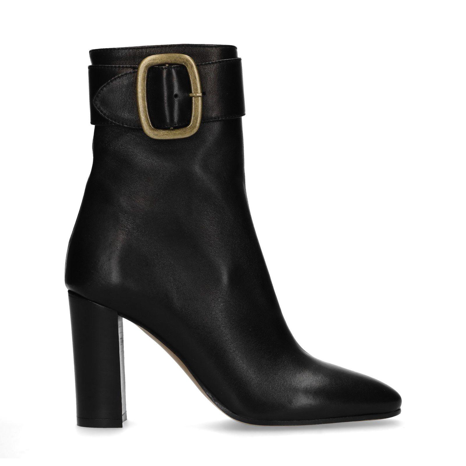 Zwarte korte laarzen met hak en gesp Dames | MANFIELD