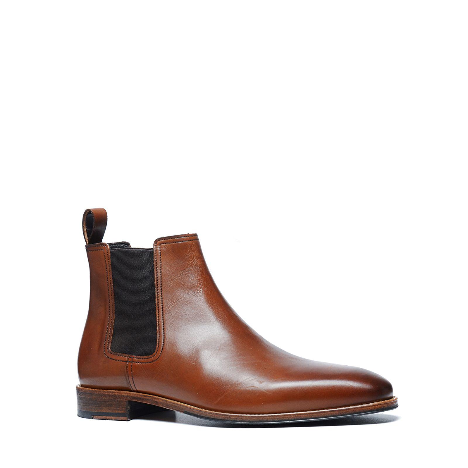 cognac chelsea boots heren manfield. Black Bedroom Furniture Sets. Home Design Ideas