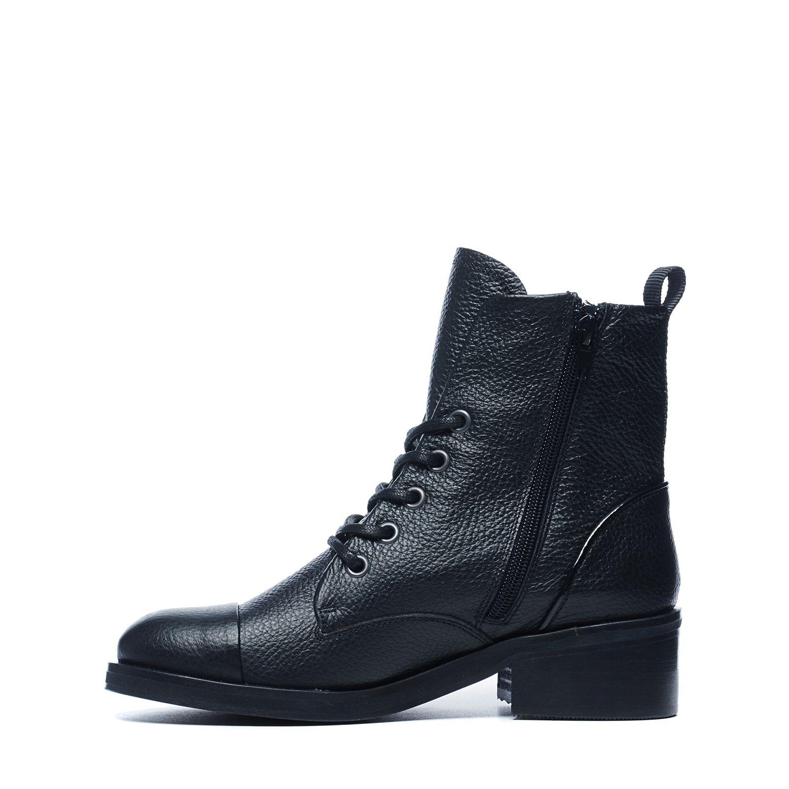schwarze biker boots mit kleinem absatz. Black Bedroom Furniture Sets. Home Design Ideas