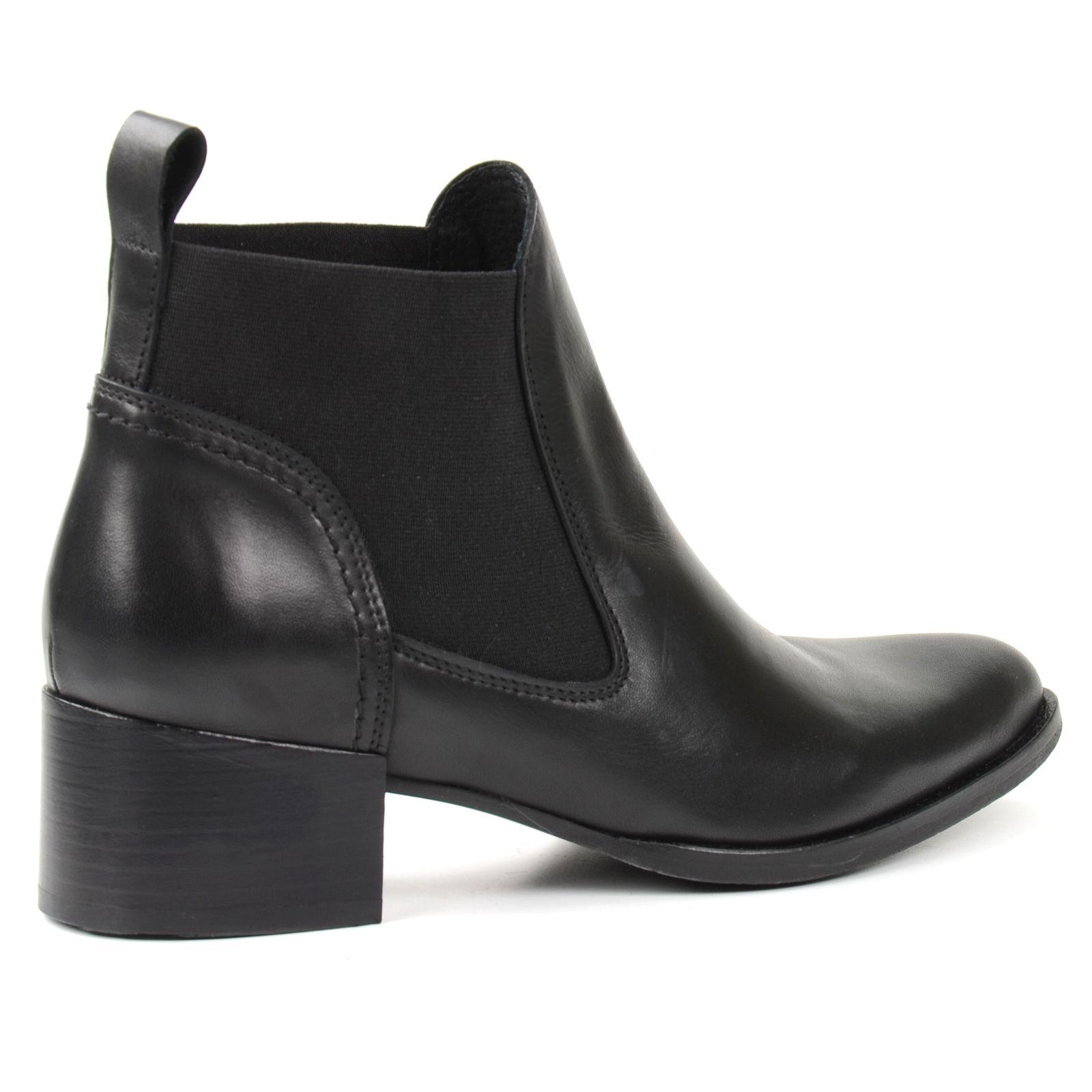 spitze chelsea boots schwarz damenschuhe. Black Bedroom Furniture Sets. Home Design Ideas