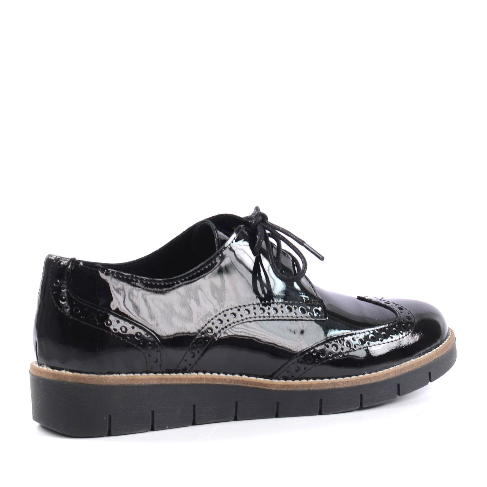 chaussures plateau brogue noir femmes. Black Bedroom Furniture Sets. Home Design Ideas