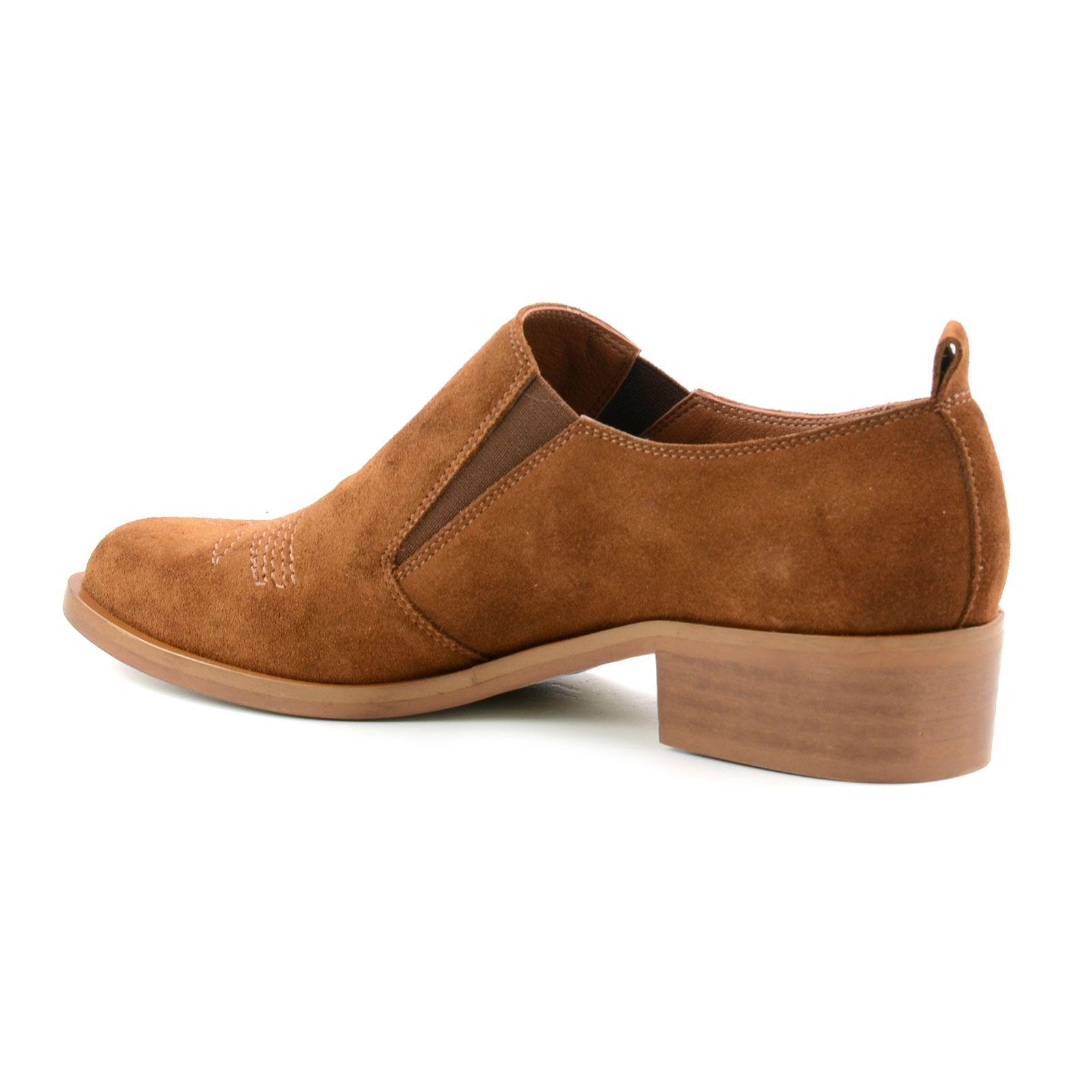 chaussures sans lacets en daim cognac femmes. Black Bedroom Furniture Sets. Home Design Ideas