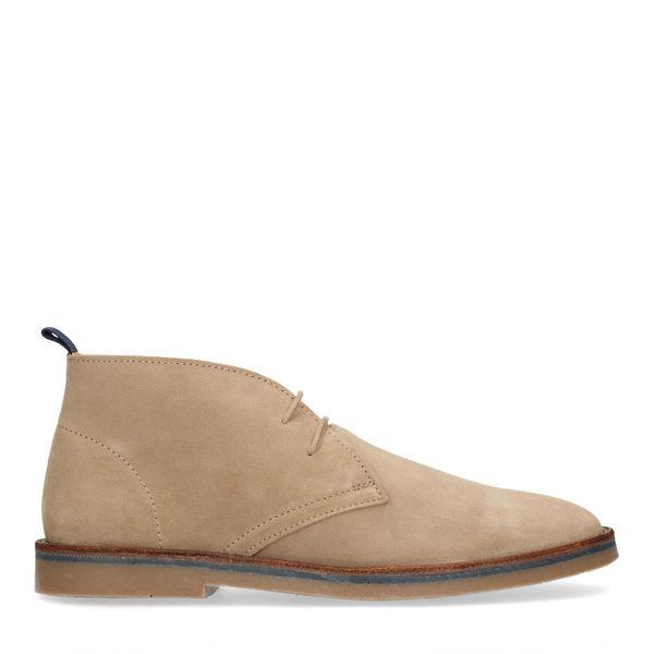 Beige desert boots