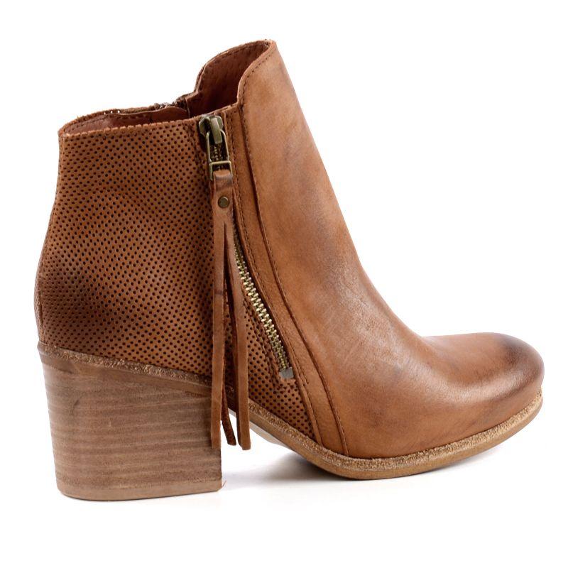 Cognac pistol boots