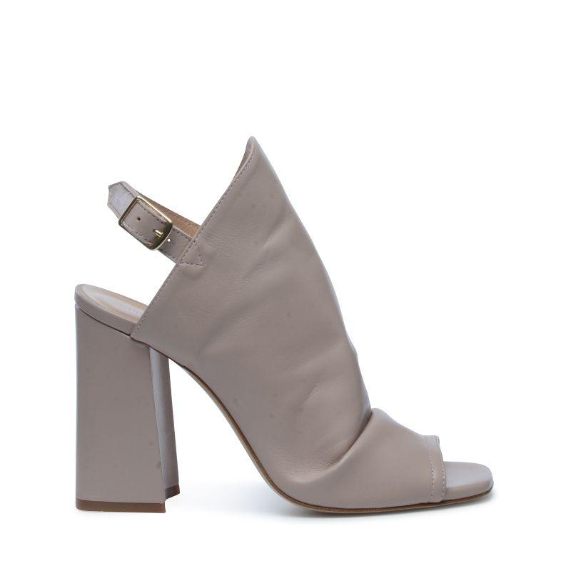 Sandalen met hak nude roze