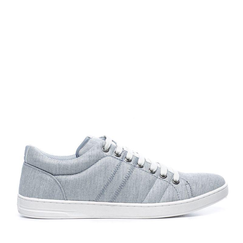 Baskets grises