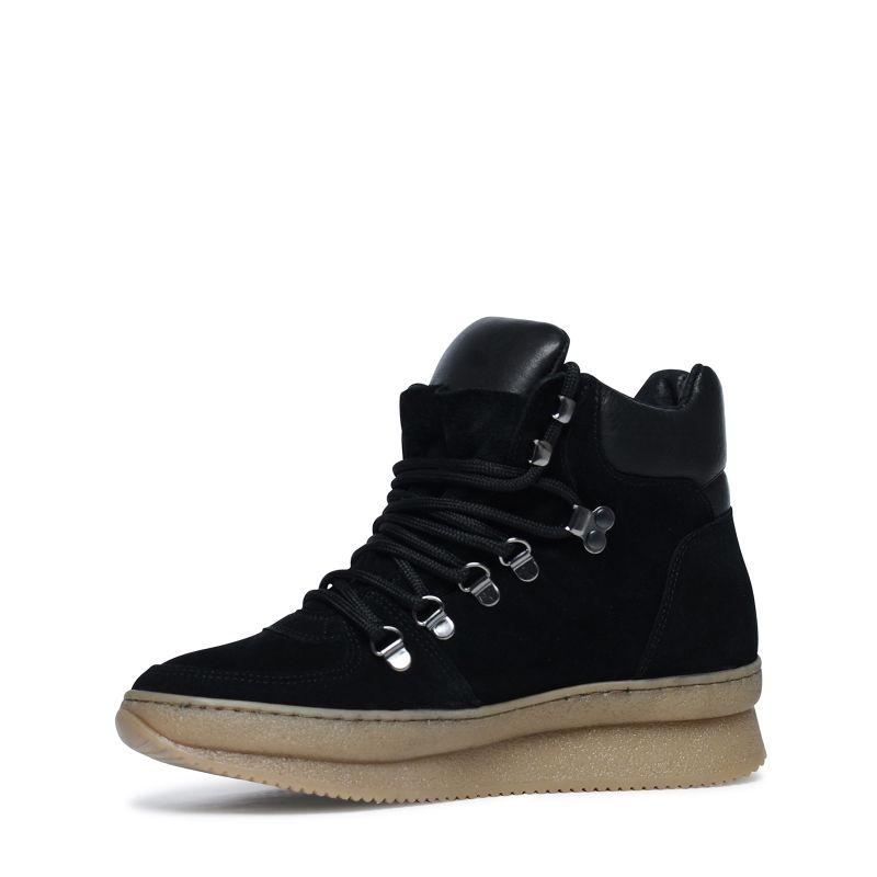 Hoge zwarte sneakers