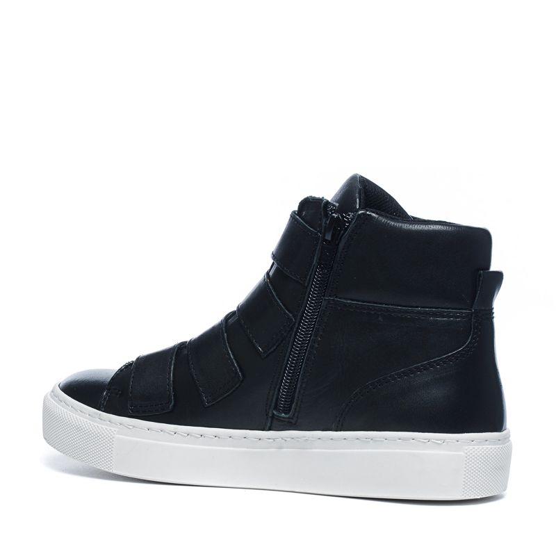 Zwarte sneakers met gespjes