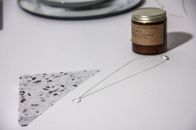 LUZ crescent moon ketting zilver
