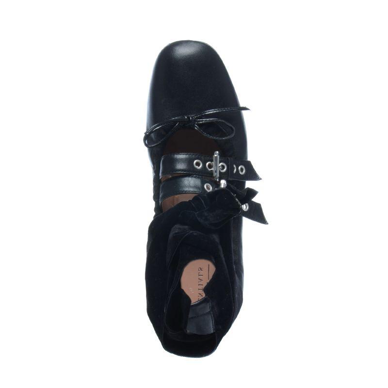 Zwarte ballerina's met gespjes en fluwelen lace-up