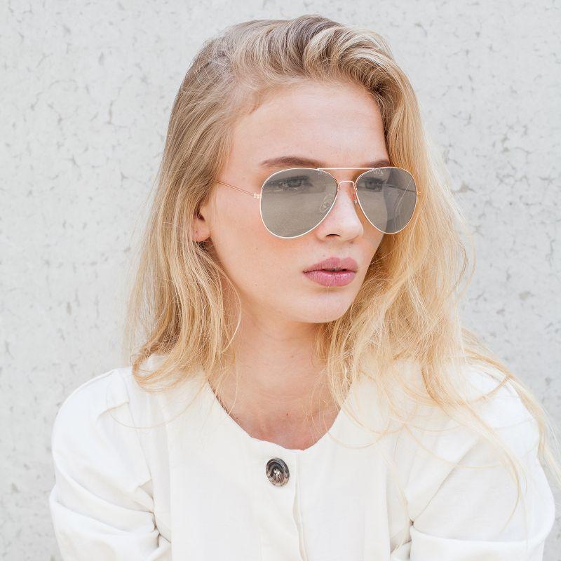 Zilveren pilotenbril