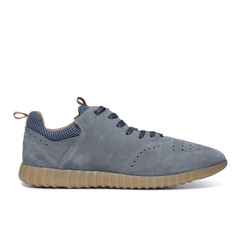 Grijs suède sneakers