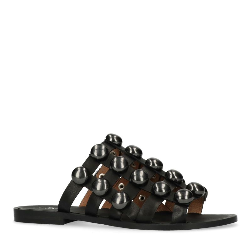 Zwarte slippers met ronde zwarte studs