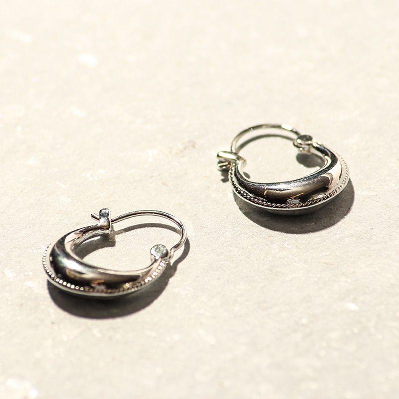 LUZ clean oorbellen zilver
