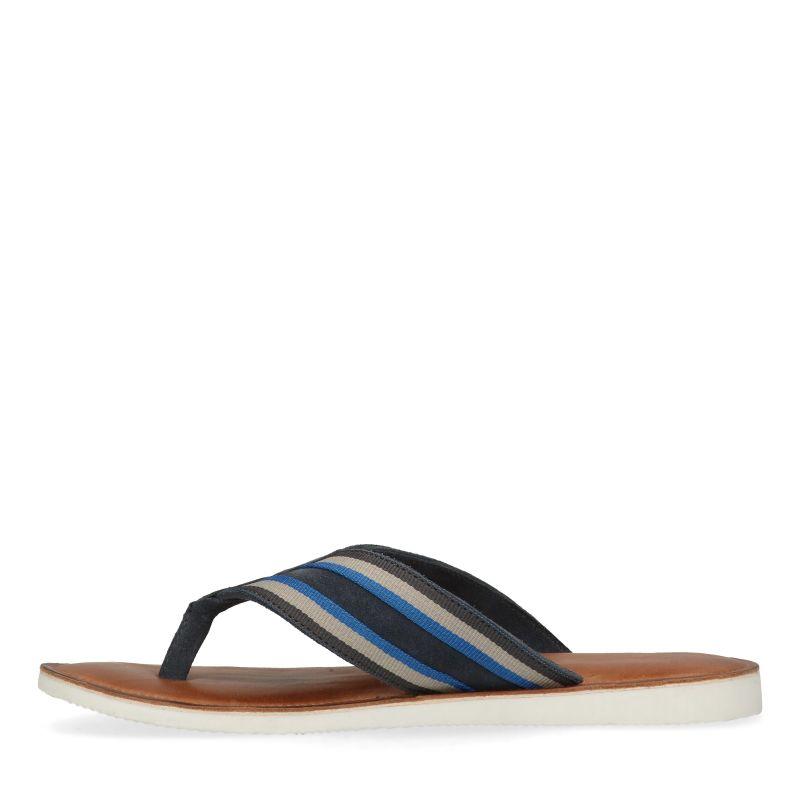 Blauwe slippers met strepen