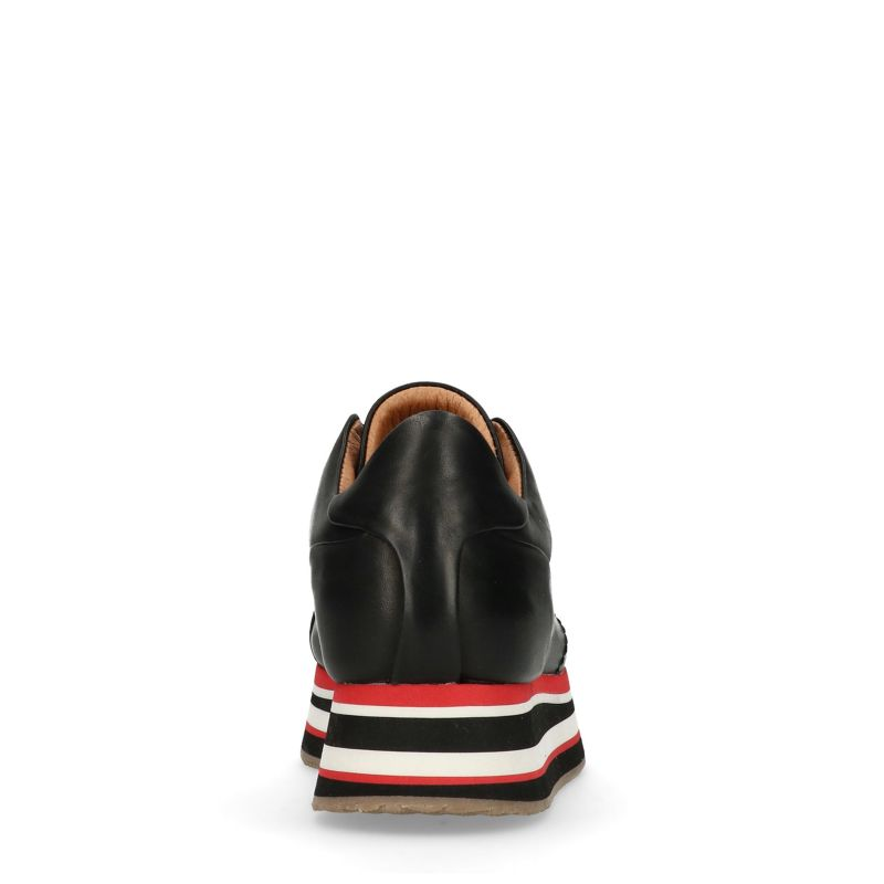Platform sneakers met gestreepte zool