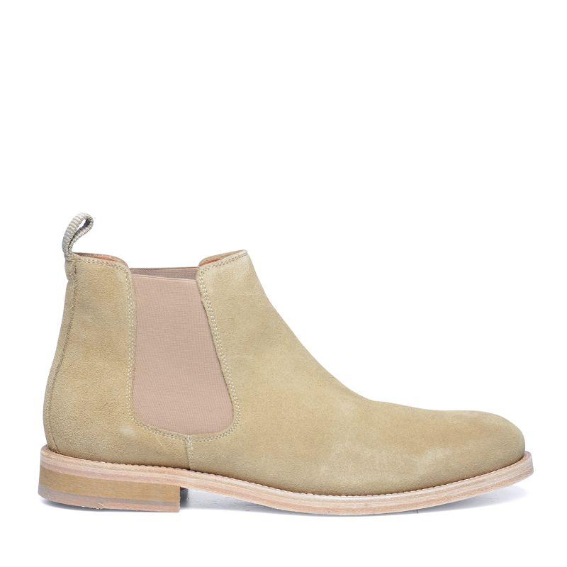 veloursleder chelsea boots beige herrenschuhe. Black Bedroom Furniture Sets. Home Design Ideas