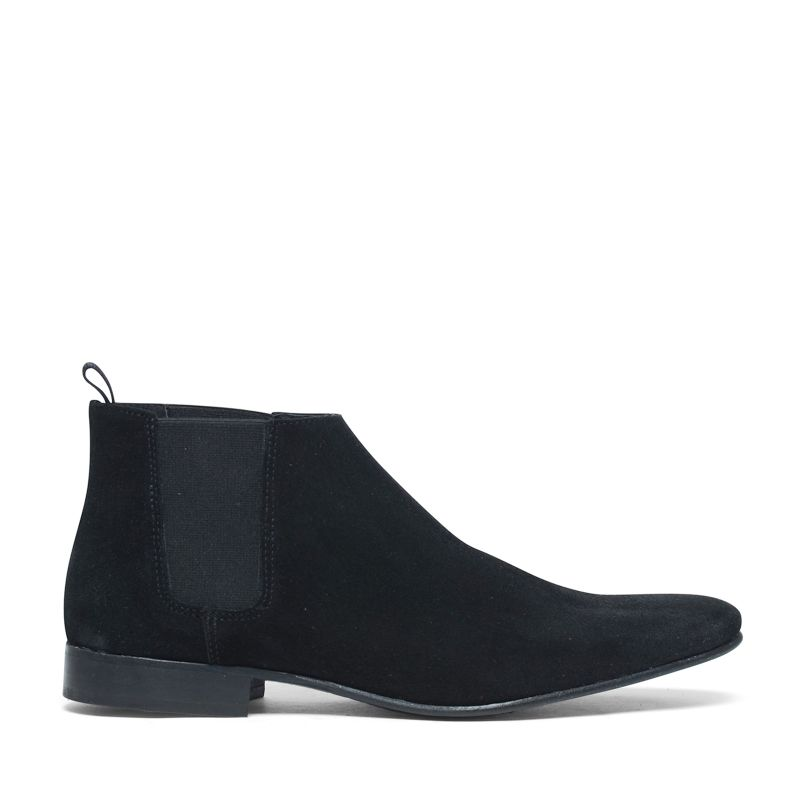 schwarze chelsea boots aus veloursleder herrenschuhe. Black Bedroom Furniture Sets. Home Design Ideas