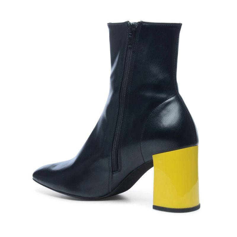 jeffrey campell schwarze stiefeletten mit verschiedenfarbigem absatz damenschuhe. Black Bedroom Furniture Sets. Home Design Ideas