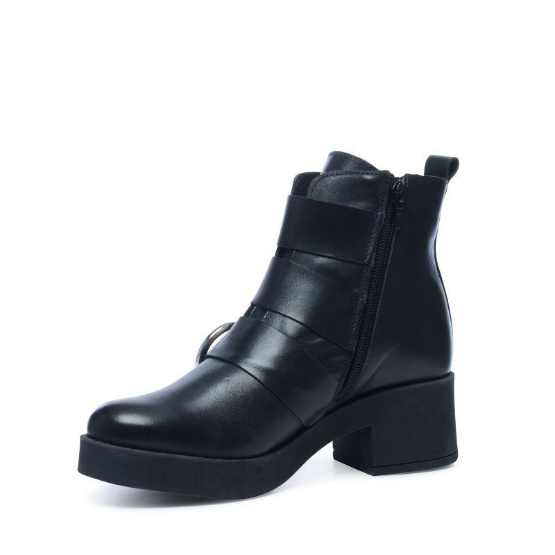 schwarze kurze stiefel mit schnallen damenschuhe 95. Black Bedroom Furniture Sets. Home Design Ideas