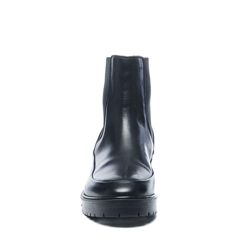 schwarze chelsea boots aus leder damenschuhe. Black Bedroom Furniture Sets. Home Design Ideas
