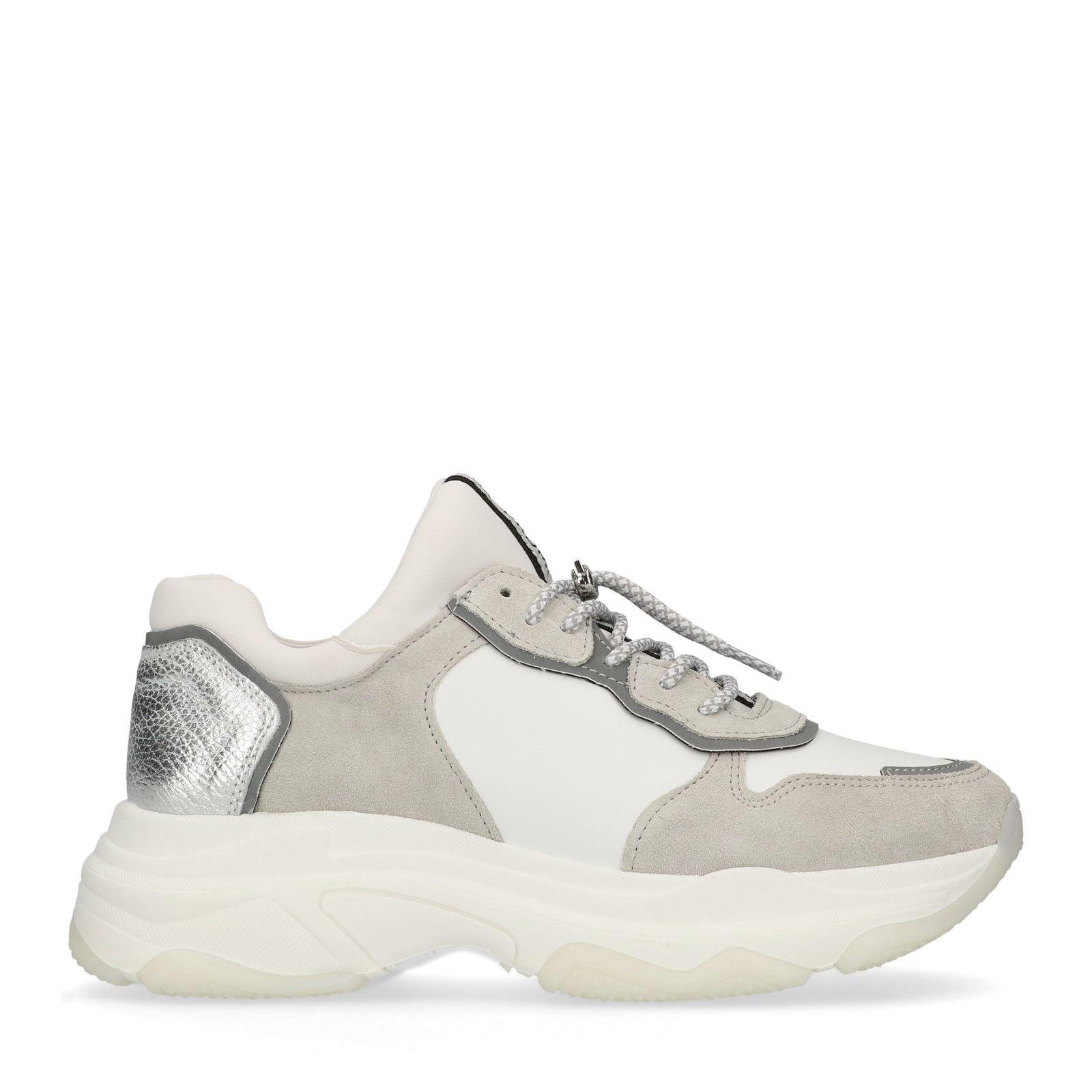 Weiße Dad-Sneaker mit Schlangenmuster (36 5akt8riC3