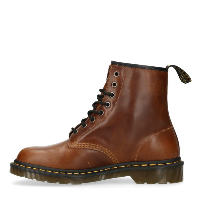 Dr. Martens 1460 Butterscotch
