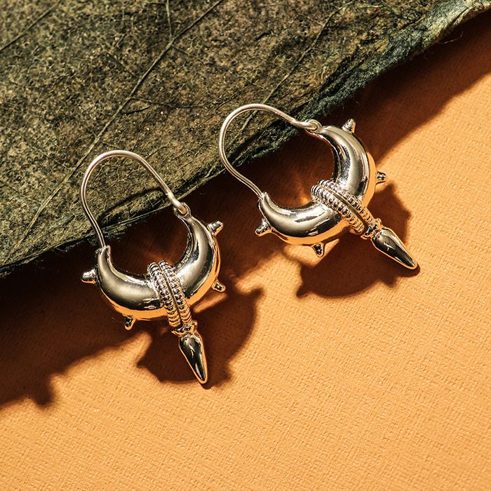 LUZ tibetische Ohrringe mit Spikes silber