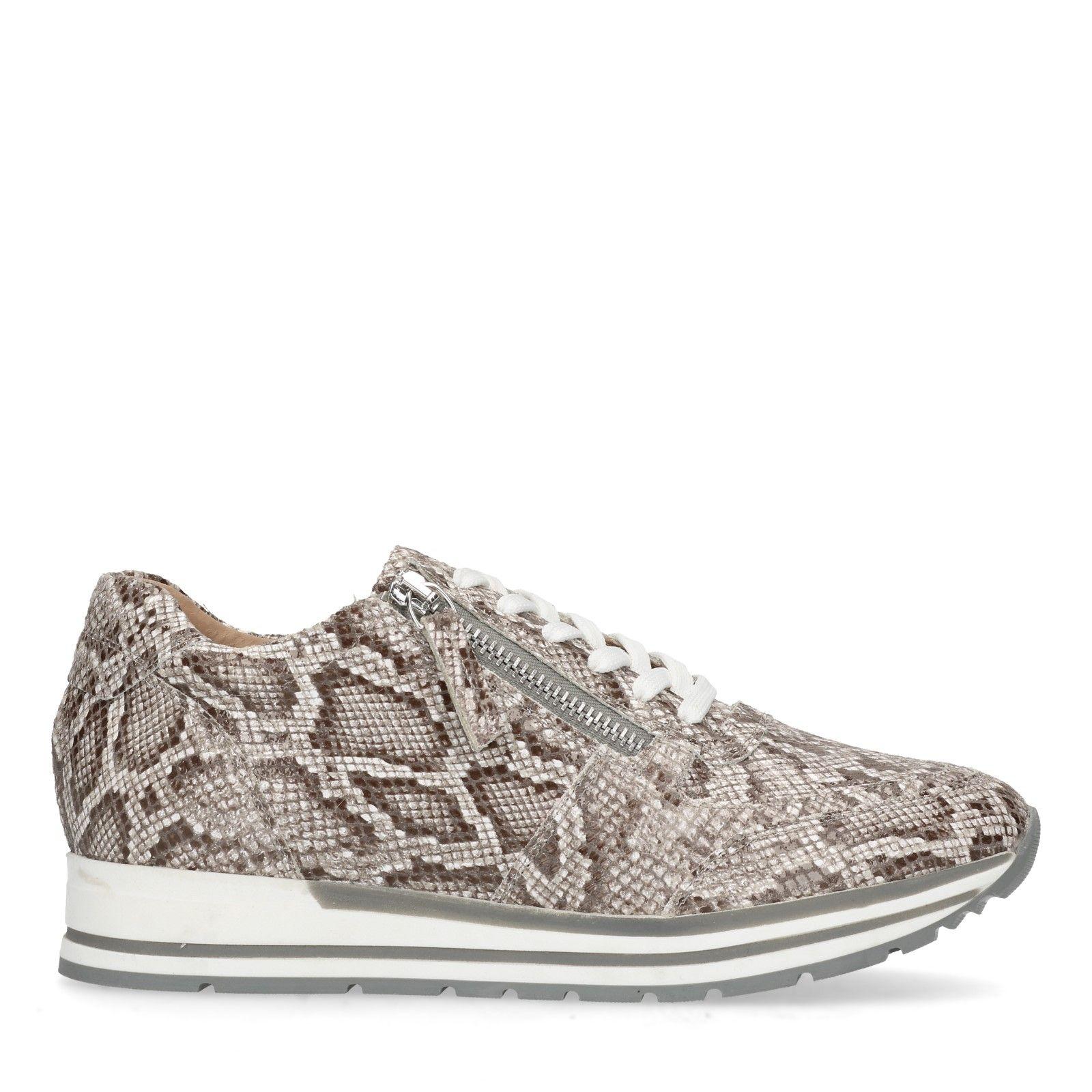 899f07ba0cf1dd Sneaker mit Schlangenmuster