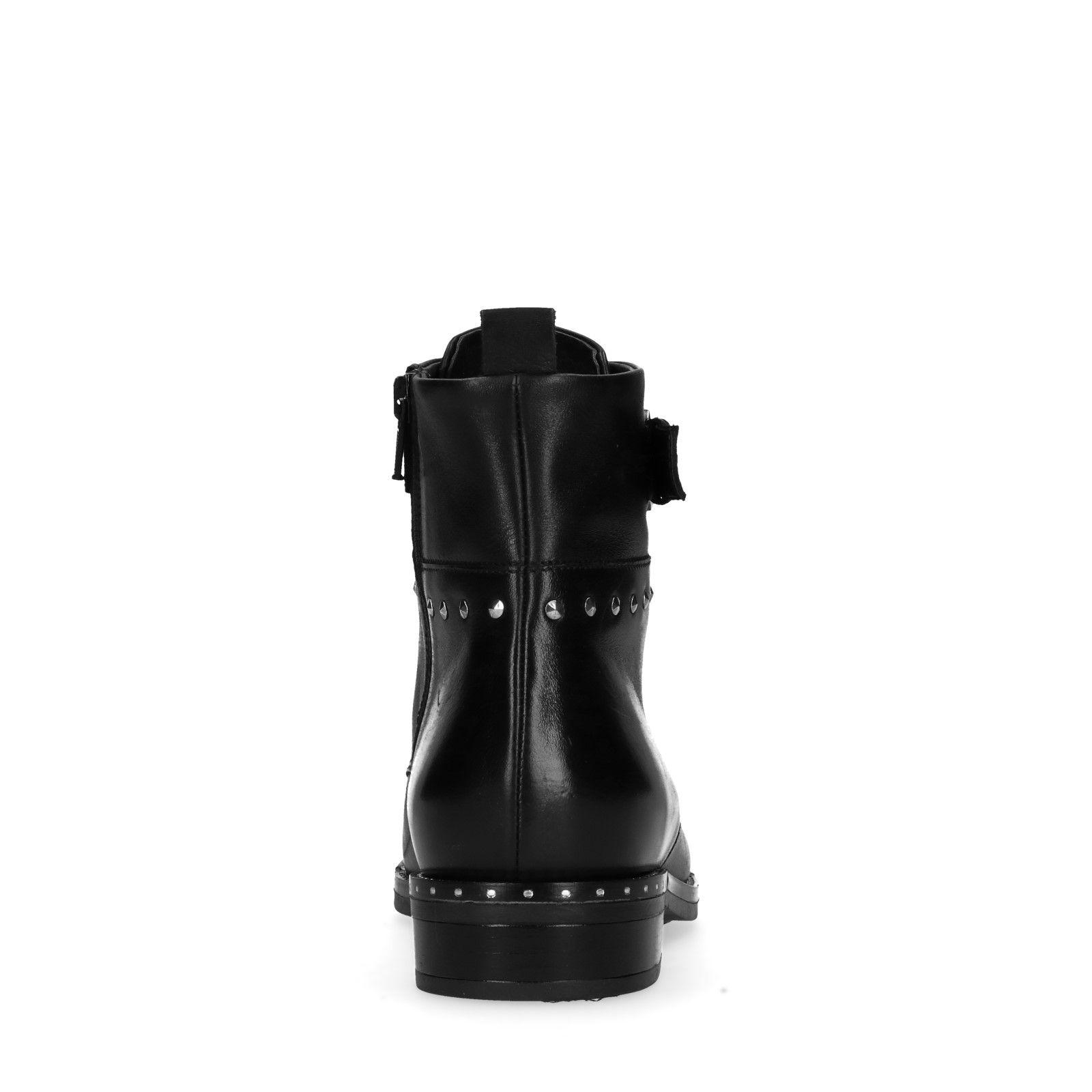 quality design 302c1 3d70e Schwarze Schnürstiefeletten mit Schnalle und Nieten