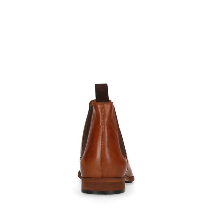 d748243fc8ed86 Cognacfarbene Chelsea Boots aus Leder