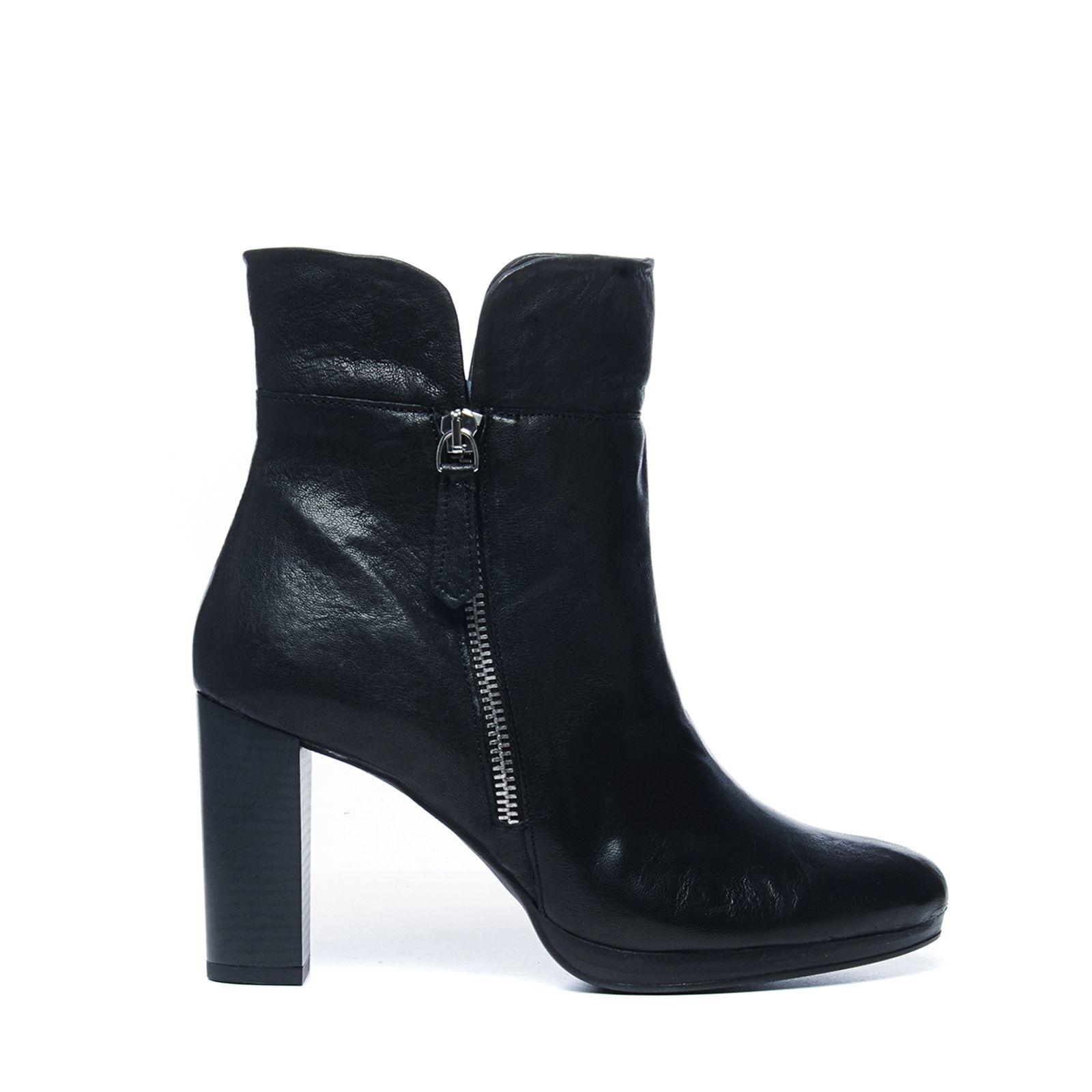 zwarte laarzen hak