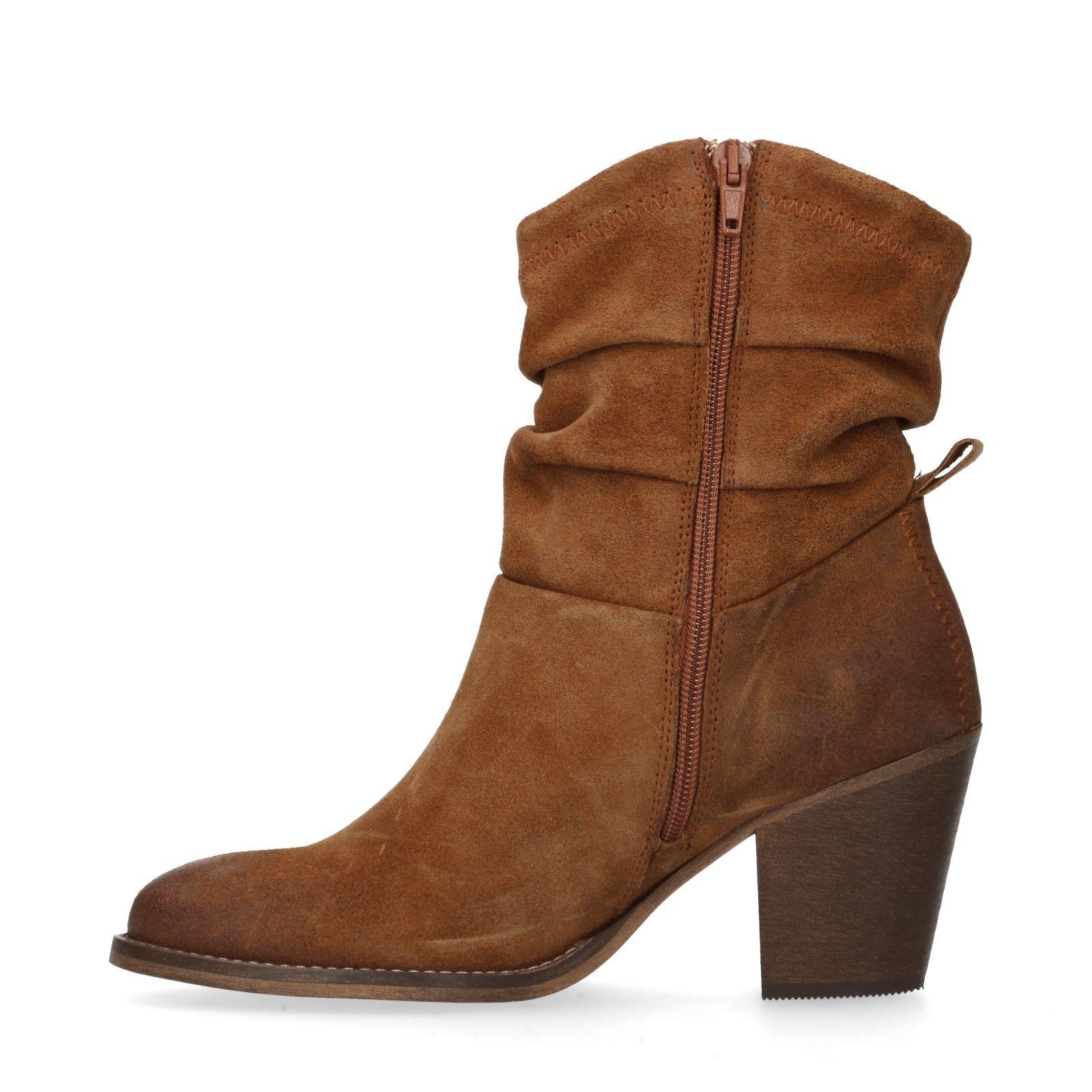 bruine lage laarzen