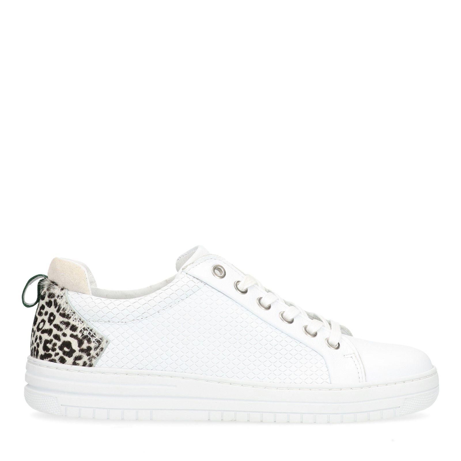 7577e12a16e Witte sneakers met panterprint details - Dames   MANFIELD