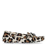 f6d5746d4e5 Manfield x Annic Panterprint loafers € 99, Shop nu >