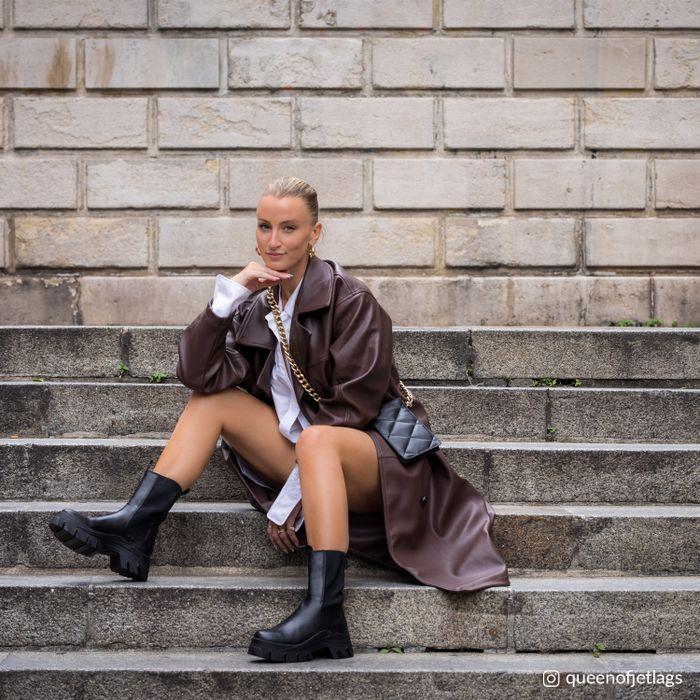 Queen of Jetlags x Sacha zwarte chelsea boots