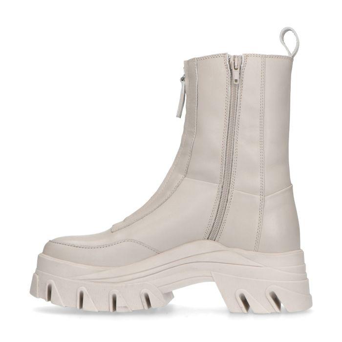 Queen of Jetlags x Sacha lattefarbene Boots