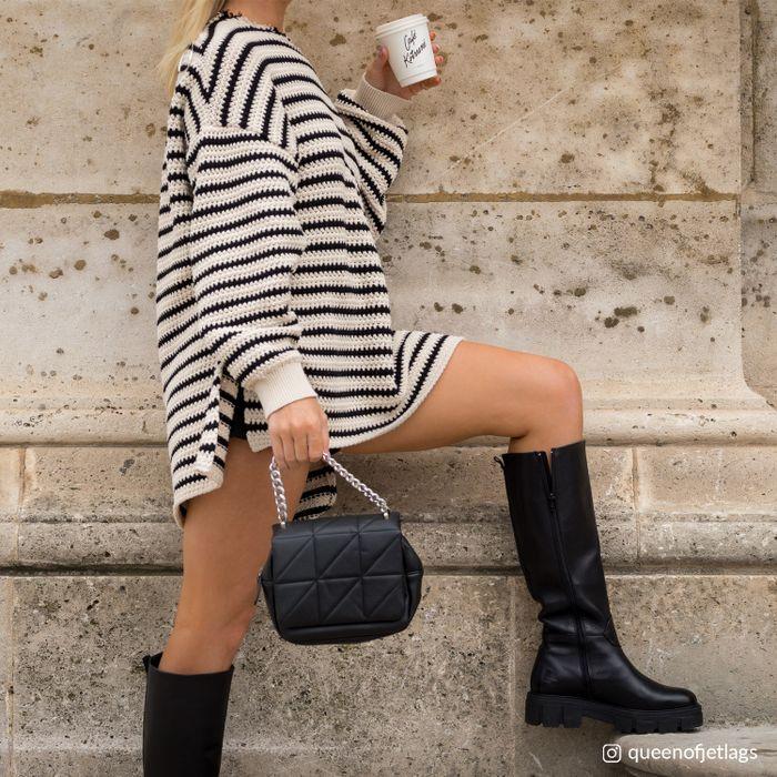 Queen of Jetlags x Sacha schwarze Chelsea Boots mit hohem Schaft