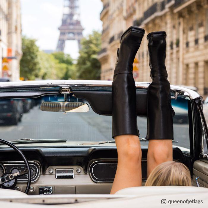 Queen of Jetlags x Sacha schwarze Stiefel mit hohem Schaft