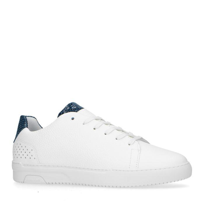 Weiße Sneaker mit blauem Detail