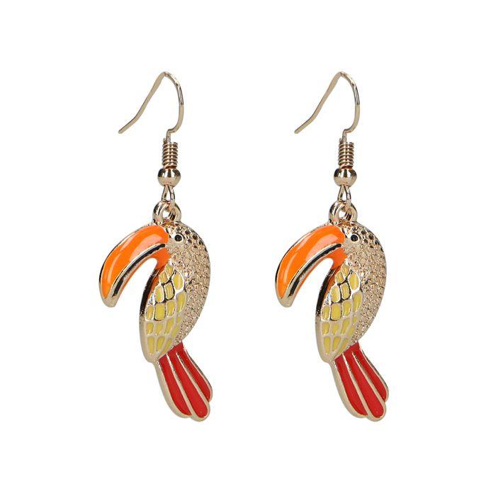 Goudkleurige oorbellen met kleurrijke vogel