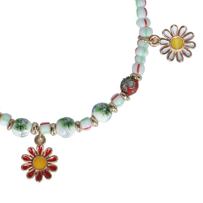 Mehrfarbiges Armband mit Gänseblümchen