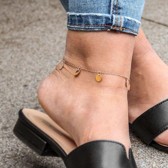 Fußkettchen mit goldenem Kreis