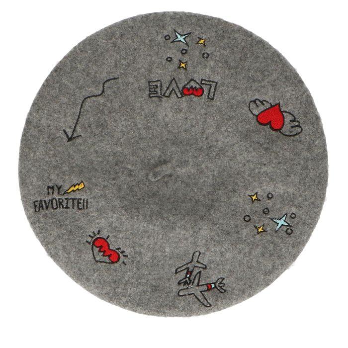 Graue Baskenmütze mit Stickerei
