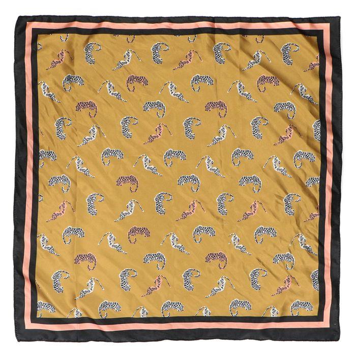 Okergeel sjaaltje met luipaardjes