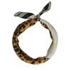 Foulard avec léopards