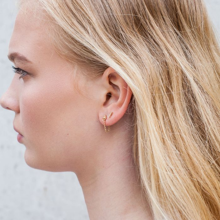 Boucles d'oreille avec petites boules et chaîne - doré